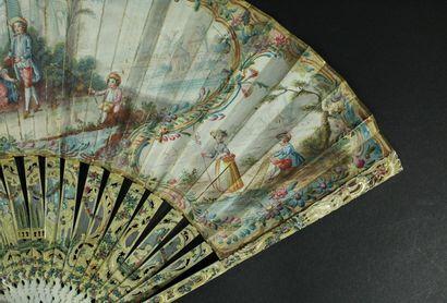 Le panier, vers 1760 Éventail plié, la feuille en papier peint à la gouache d'un...