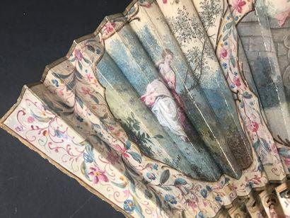 Flore et Hébé, vers 1750 Éventail plié, la feuille en peau, montée à l'anglaise,...