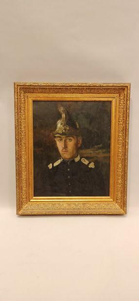 FAUVELLES (Attribué à)  « portrait de Marcel Roger en uniforme du 12e Dragons vers...