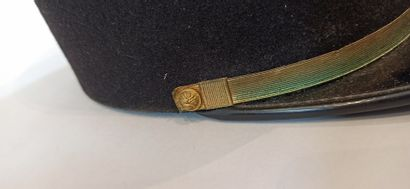 Lot of 6 French kepi of artillery, gendarmerie or infantry officers from the 50/70s...