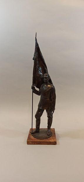 Erich SCHMIDT-KESTNER (1877-1941)  Porte drapeau Prussien  Epreuve en bronze à patine...