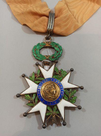 Croix de Commandeur de la Légion d'Honneur  Métal doré  Epoque IIIeme République...