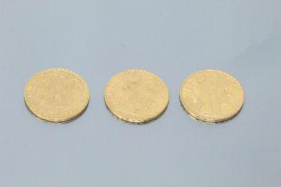 Three gold coins 20 francs Coq 1907.  VG...