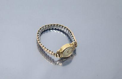 LIP  Montre bracelet de dame, boîtier rond...