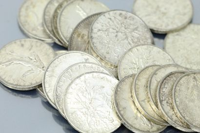 Lot de pièces en argent comprenant 20 pièces...