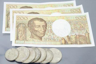 Lot de sept pièces en argent composé de :...