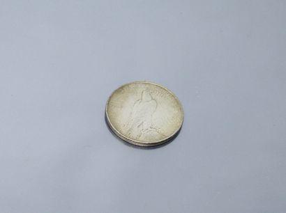 """ETATS-UNIS  Pièce en argent de 1 dollar """" Peace Dollar """" 1922.  Avers : tête de..."""