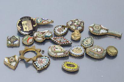 Ensemble de bijoux en émaux cloisonné à motif...
