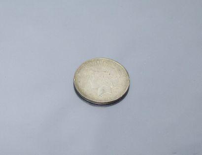 ETATS-UNIS  Pièce en argent de 1 dollar