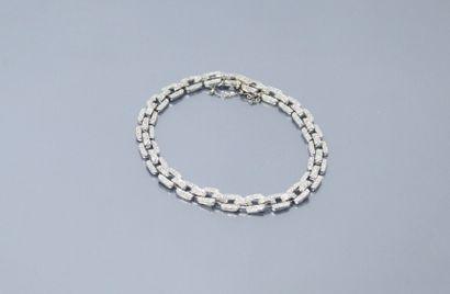 Bracelet en or gris 18k (750) pavé de petits...