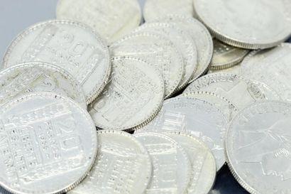 Lot de pièces en argent :  - 3 pièces de...