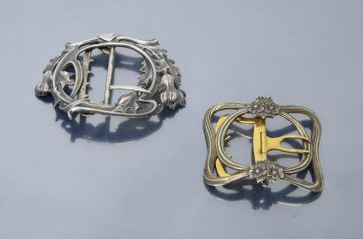 Deux boucles de ceinture de style Art Nouveau...