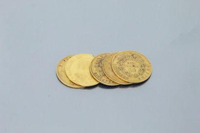Cinq pièces de 10 Francs en or Napoléon III...
