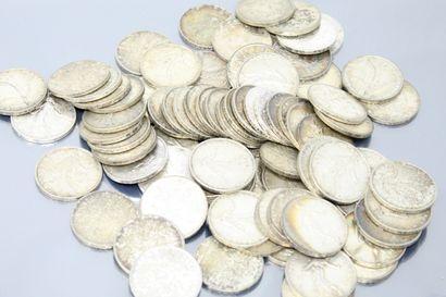 76 pièces de 5 francs en argent de type Semeuse....