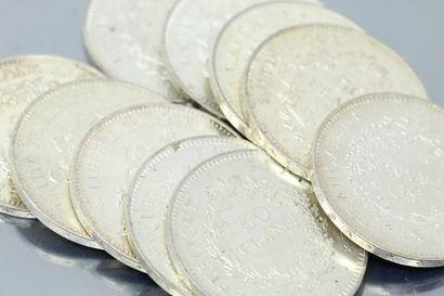 Lot composé de 10 pièces en argent de 50...
