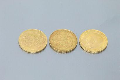 Lot composé de trois souverains en or dont...
