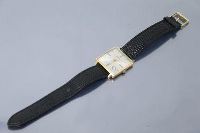 UNIC  Montre bracelet d'homme, boîtier carré...