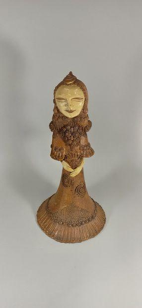 ECOLE MODERNE  Sculpture de femme  Terre...