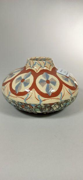 GERBINO Jean (1876-1966),  Vase boule aplati...
