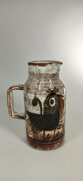 BARBIER Michel (20th century)  Bird-decorated pitcher.  Terre de Vallauris, handwritten...