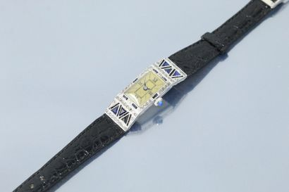 ANONYME  Montre bracelet de dame en or gris...
