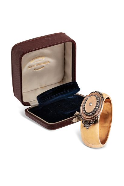 Bracelet ouvrant en or jaune 18K (750) poli,...