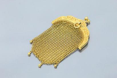 Porte-monnaie Art Nouveau en or jaune 18K (750) en cotte de maille, le fermoir en...