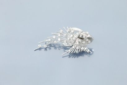 Clip de corsage « gerbe » en or gris 18K...