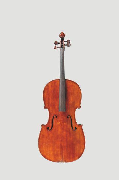 Beau violoncelle Français, fait Jean LAVEST...