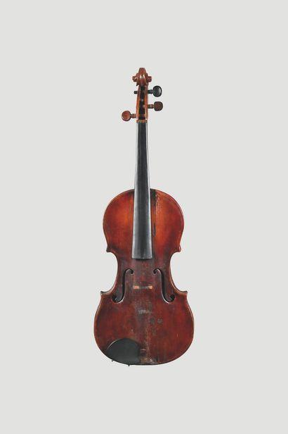 Violon d'Europe de l'est, XIXe siècle.  Fond...
