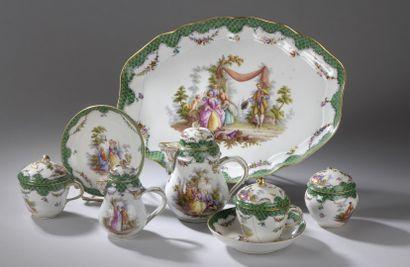 Saxe, Fin XIXe siècle.  Tête à tête en porcelaine...