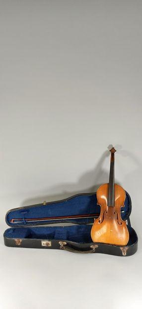 Violon 3/4 de MIRECOURT, vers 1930-1940....
