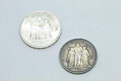 Lot de deux pièces en argent de 10 francs...
