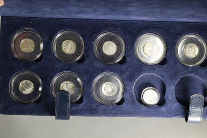 Suite de 10 pièces en argent Révolution Française....