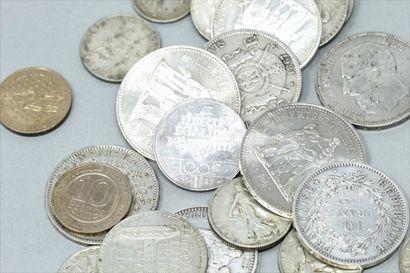 Lot de pièces en argent diverses composé...