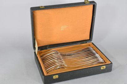 Douze fourchettes en argent (Minerve).  Poinçon...