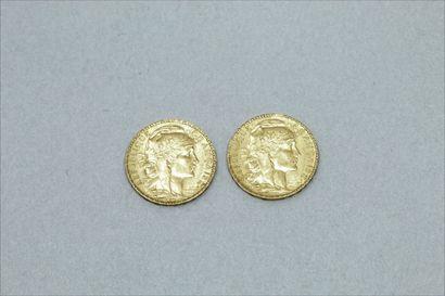 Lot de deux pièces en or de 20 Francs au...