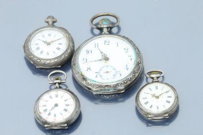 Lot de trois montres de col en argent, cadran...