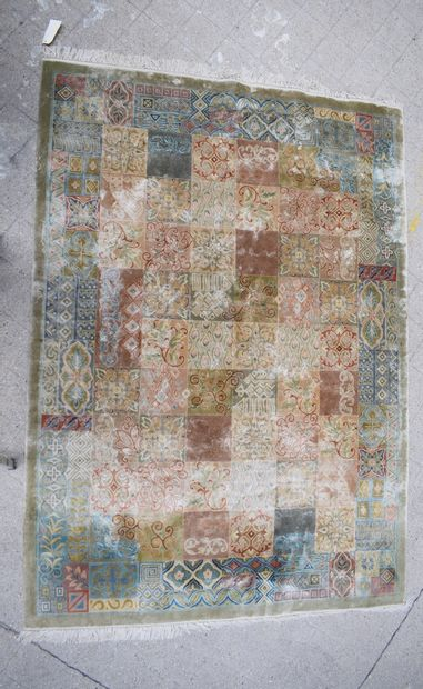 Modern silk carpet  H: 243 cm - W: 169 cm
