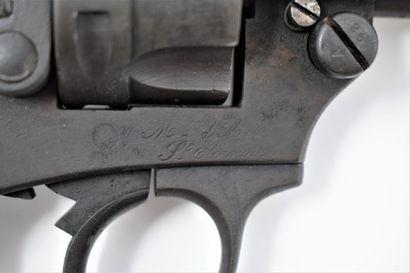 Revolver règlementaire Modèle 1874.  Fabrication de 1880.  Bon état mécanique et...