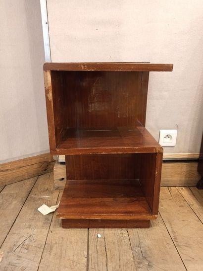 Bout de canapé en bois de placage  Circa...