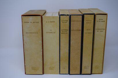 Ensemble de six ouvrages des éd° DU LIVRE...
