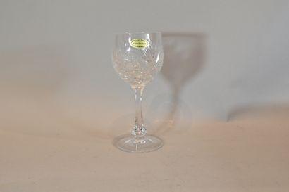 Coffret de 6 verres en cristal Bertrichamps KLEIN    Taches sur le coffret.