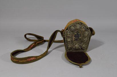 Petit autel bouddhiste portatif partie argent...