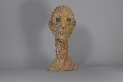 ECOLE MODERNE  Tête aux yeux noirs  Sculpture...