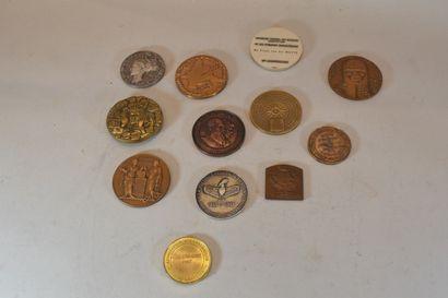 Lot composé de médaille divers