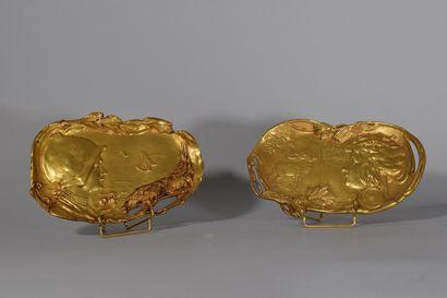 Ensemble de deux vides-poches style Art Nouveau...