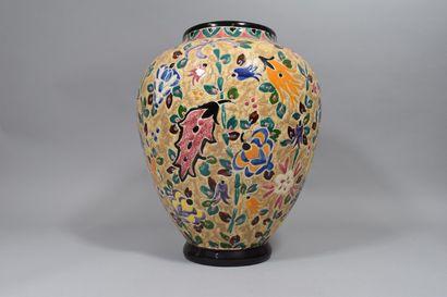 MARNIER. A  Vase en céramique de Vallauris...