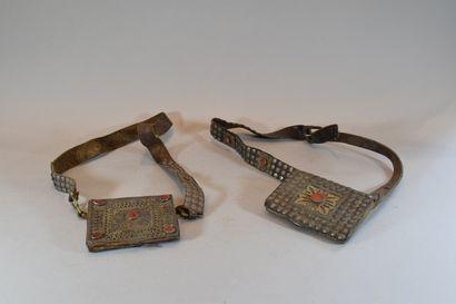 2 ceintures Mogoles et leurs cartouchières...