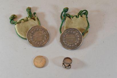Lot de 2 médailles Chambre des députés  On...